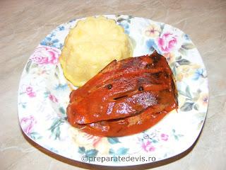 Caras in sos tomat la cuptor retete culinare,