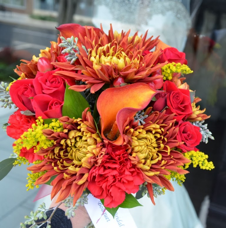 inexpensive wedding flowers for fall fall weddings affordable flower options 5138