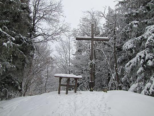 Śnieżnica (1006 m n.p.m.).