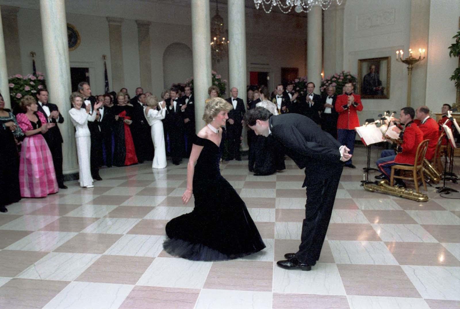 princess diana john travolta story pictures