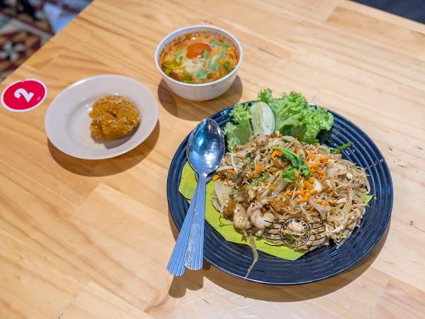 Krung Thep Thai Street Food @ Lorong Selamat, Georgetown, Penang
