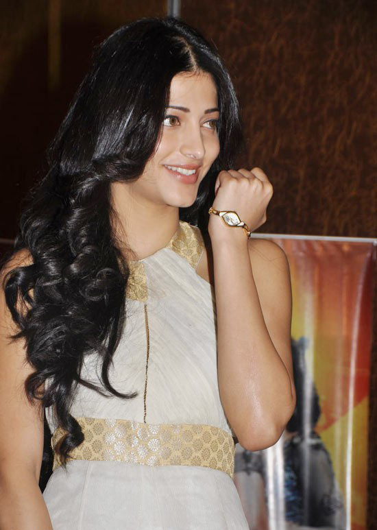 Tollywood Hot Actress Shruti Haasan Legs Thighs Stills In White Dress