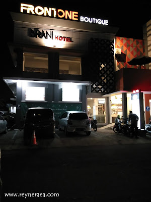 Front One Hotel Brani Solo