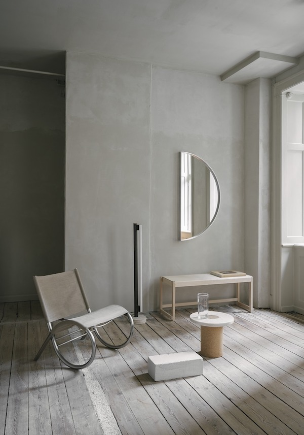 Frama mirror