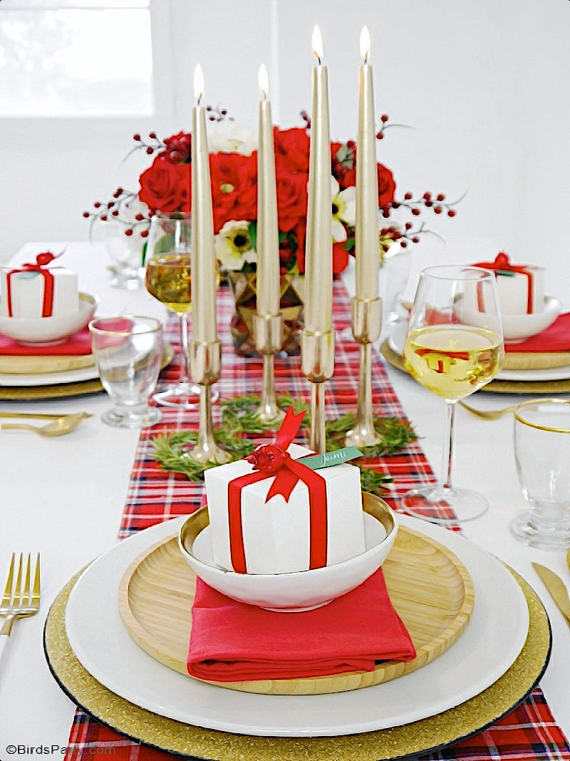 A Modern Plaid Tartan Christmas Table - traditional mixed with modern ideas to create a warm, cozy and inviting tablescape for the holidays! by BirdsParty.com @birdsparty #christmas #holidaytable #christmastable #tartantable #plaidtable #redchristmas #christmastablescape #christmasplaid #christmastartan #christmascheck #christmasholidaystable #holidaytablescape #traditionalchristmas