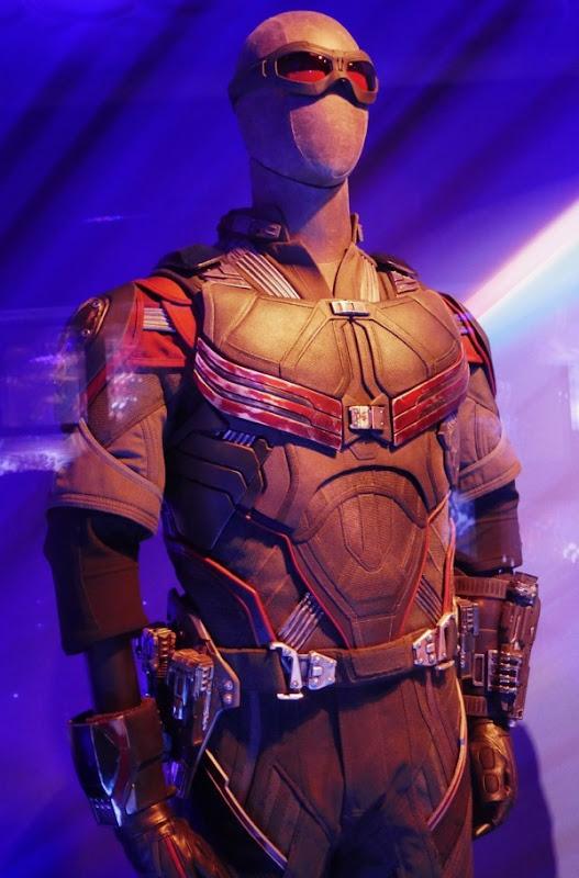 Falcon costume Avengers Infinity War