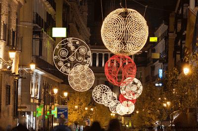 some innovative christmas decoration ideas