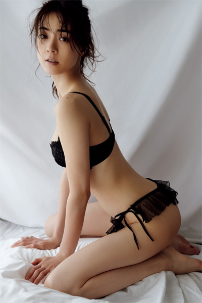 Mew Azama 安座間美優, FRIDAY 2019.02.22 (フライデー 2019年2月22日号)
