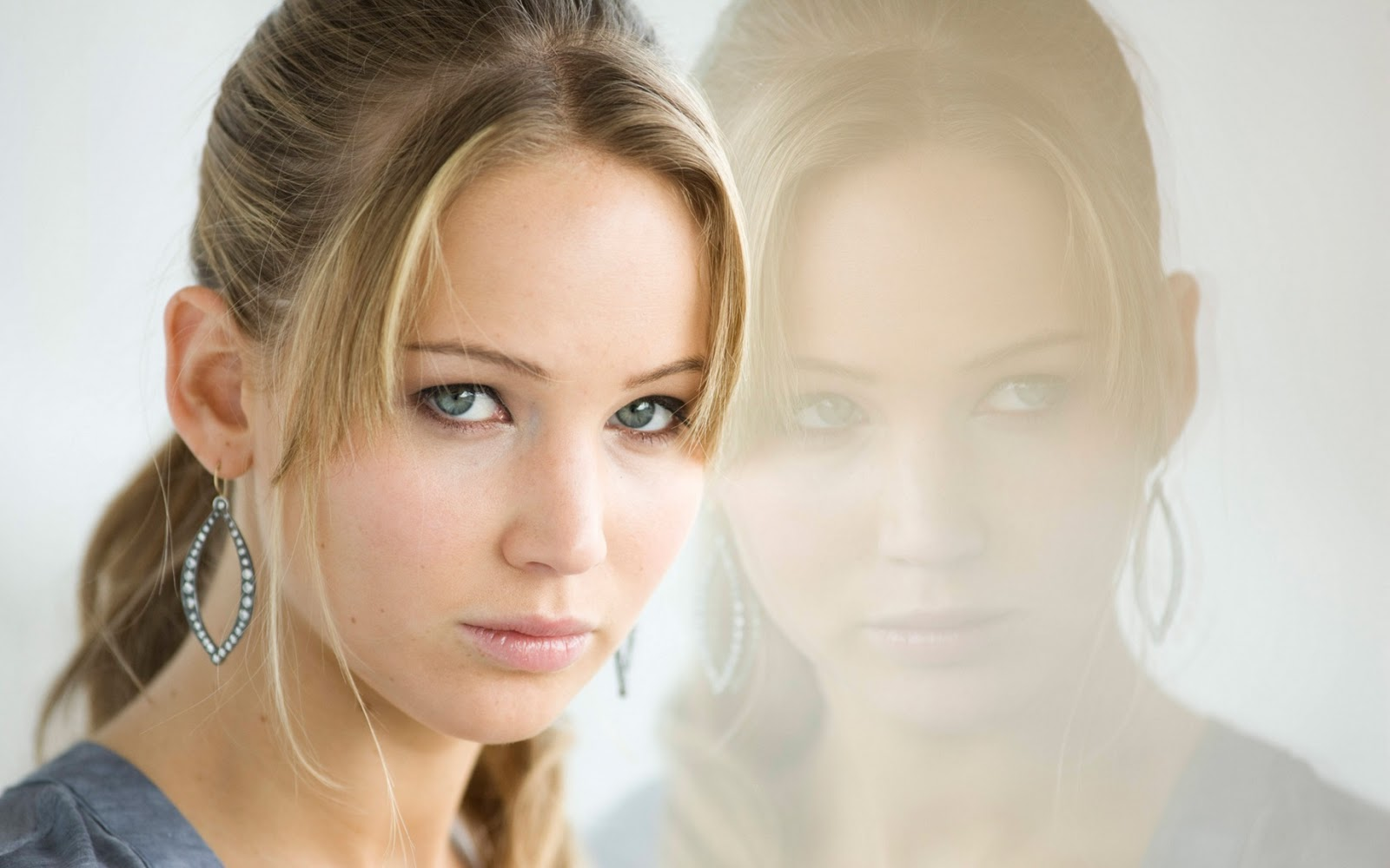 Jennifer lawrence hd pictures wallpapers and biography ofuran jennifer lawrence hd pictures wallpapers and biography voltagebd Images