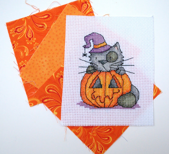 Durene Jones Cross Stitch, Mini cross stitch finish, Halloween, cat, stitching, handmade