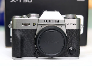 Mirrorless Fujifilm X-T30 Bekas