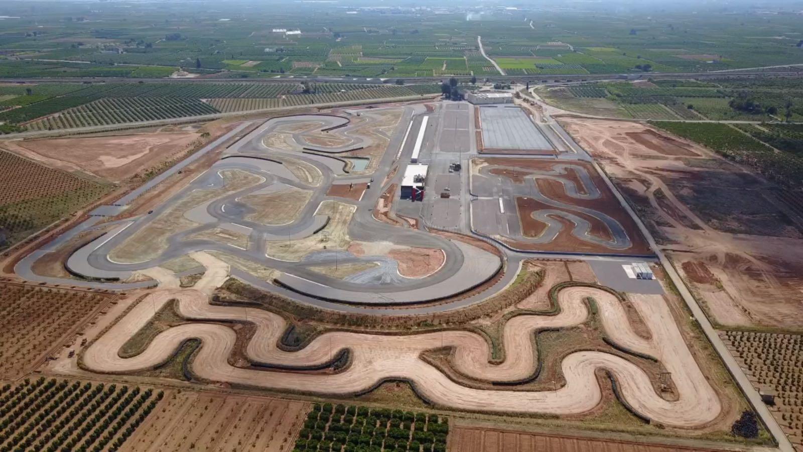 Circuito La Ribera : Elmaletero o motor ciencia ficcion manga cultura