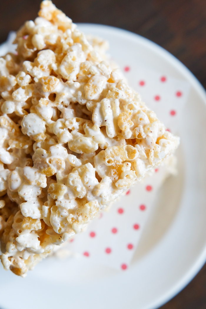 Brown Butter Rice Krispies Treats with homemade marshmallow creme | bakeat350.net featuring Bravetart's recipe