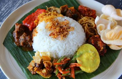 https://www.mastimon.com/2019/01/5-makanan-enak-dan-murah-di-samarinda.html