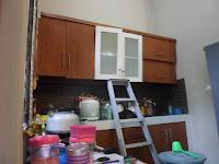 Almari Dapur Kitchen Set Kuat Menggantung di Dinding - Furniture Semarang