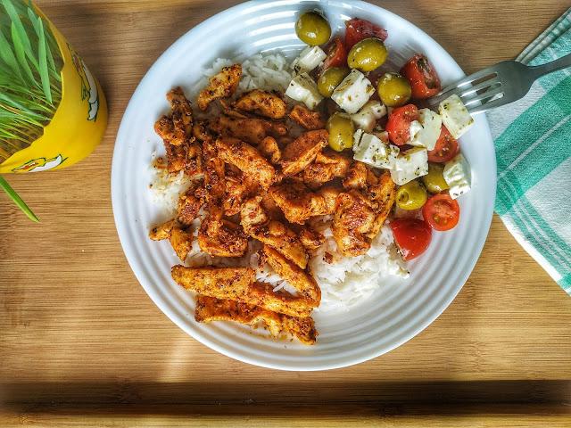 danie obiadowe ala gyros z piersi z kurczaka