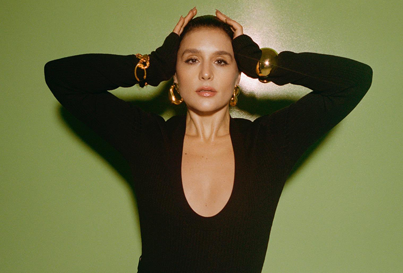 """Jessie Ware releases a new song """"Ooh La La"""", that's she barely on 