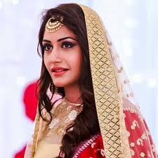 Surbhi Chandna, Biography, Profile, Age, Biodata, Family, Husband, Son, Daughter, Father, Mother, Children, Marriage Photos.