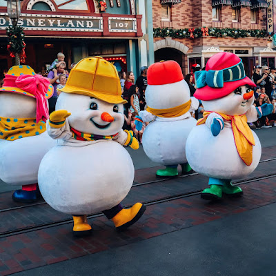 Chunky Snowmen at Disneyland