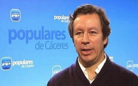 Carlos Floriano arenga a los peperos a movilizarse en las redes sociales.