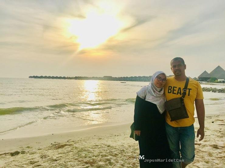 Pak Tam Shell out di Pantai Bagan Lalang
