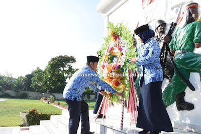 Ketua DPK Korpri Polda Jambi Pimpin Upacara Ziarah HUT Korpri