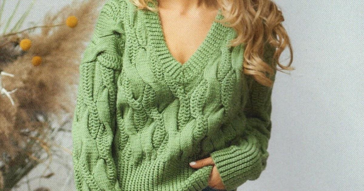 Пуловер цвета мха с крупными жгутами.
