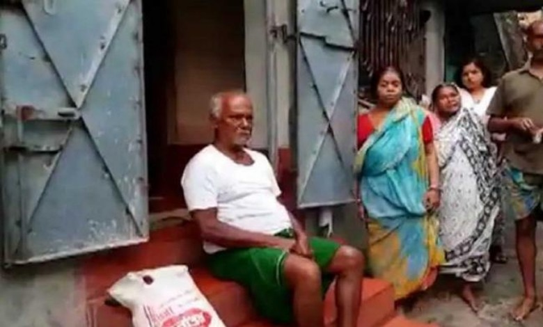 Father has been sent back from the vaccination center as his son is an active BJP activist