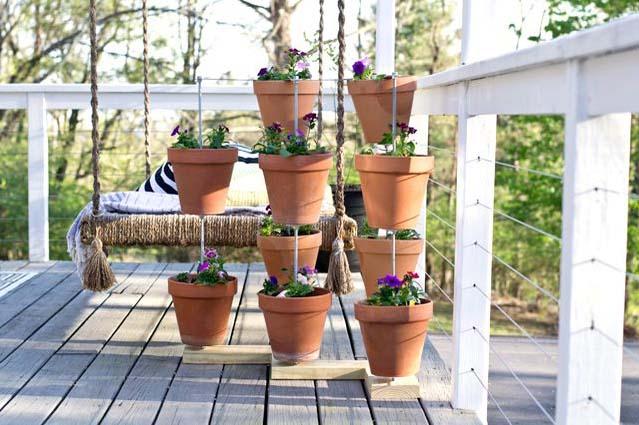 How to Make a Vertical Clay Pot Garden