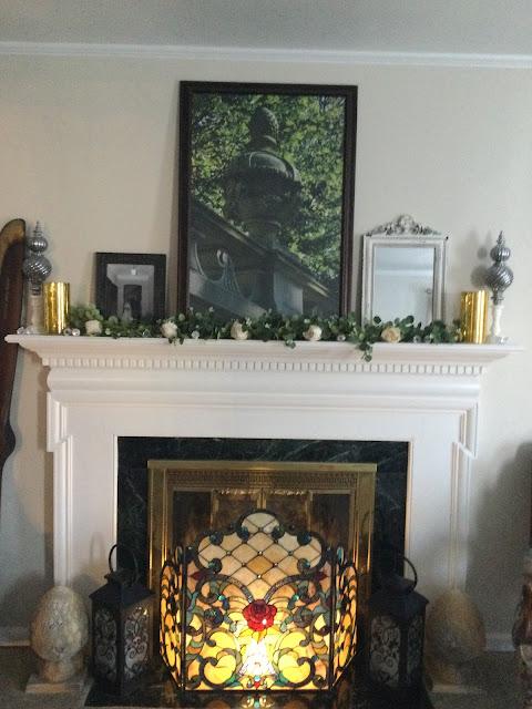 Fireplace screen, rose garland, pineapple finial