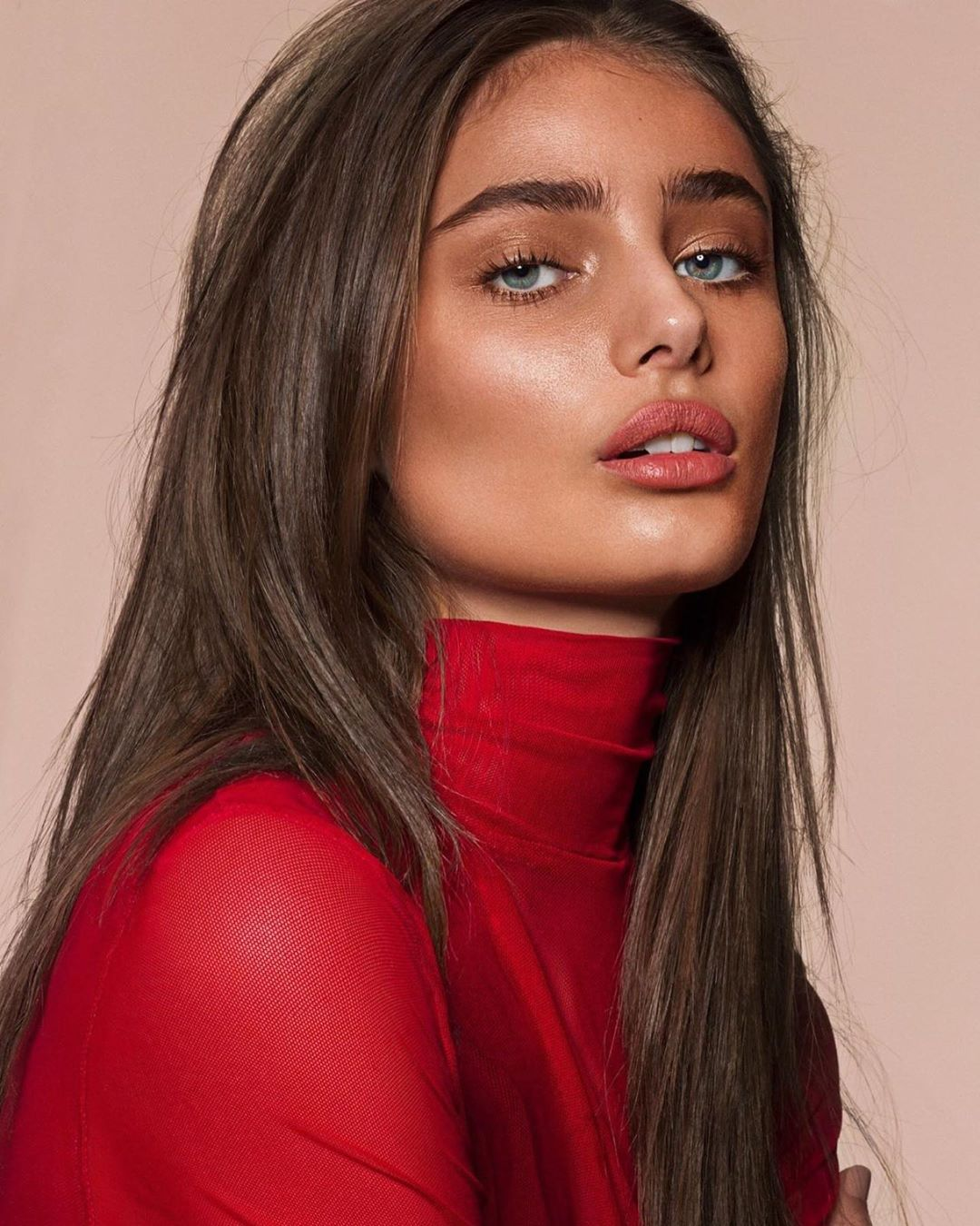 Victoria Secret Model Taylor Marie Hill Hot Look