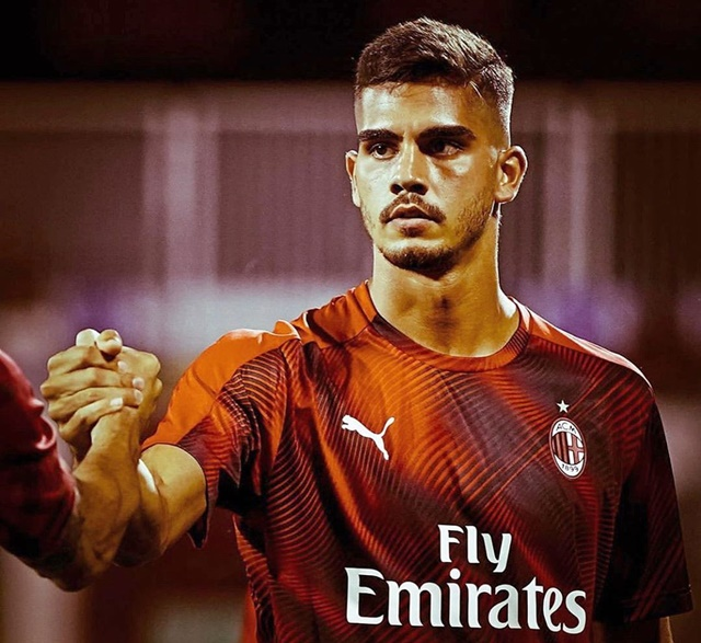 Kabar Andre Silva keluar dari AC Milan - IGandresilva9