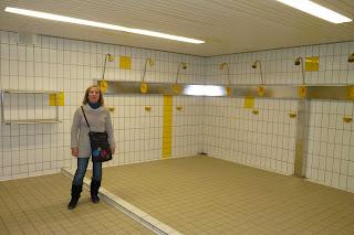 Las duchas de los vestuarios en el Olimpiastadium.