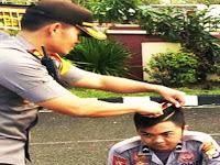 Sidak Disiplin Anggota Polri, Kapolres Pangkep Cukur Ditempat 3 Orang Anggotanya