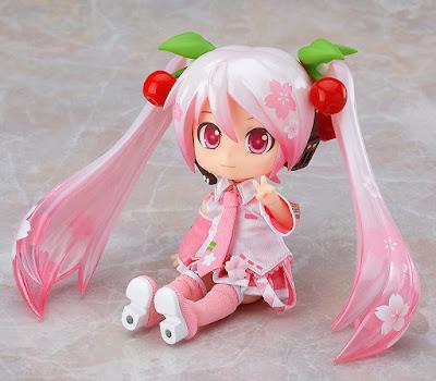 Figuras: Nuevo Nendoroid Doll de Hatsune Miku Sakura Ver - Good Smile Company