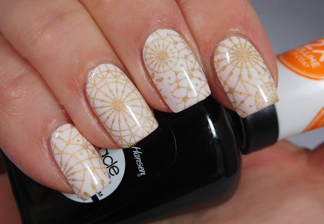 Sally Hansen Creme de la Creme stamped with UberChic Beauty 18-01 and Hit The Bottle A Glint Of Gold