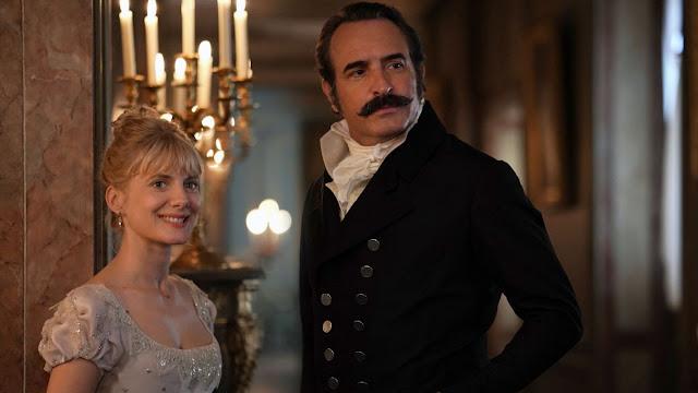 Élisabeth (Mélanie Laurent) et Neuville (Jean Dujardin) dans Le Retour du héros