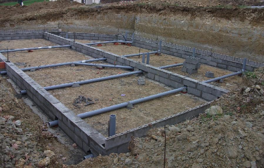 construction de notre maison avec c lia cr ation le vide sanitaire. Black Bedroom Furniture Sets. Home Design Ideas