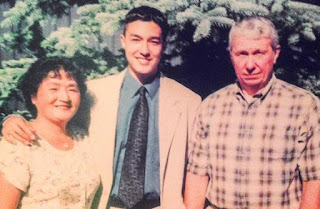 Daniel Henney's teenage picture with his parents