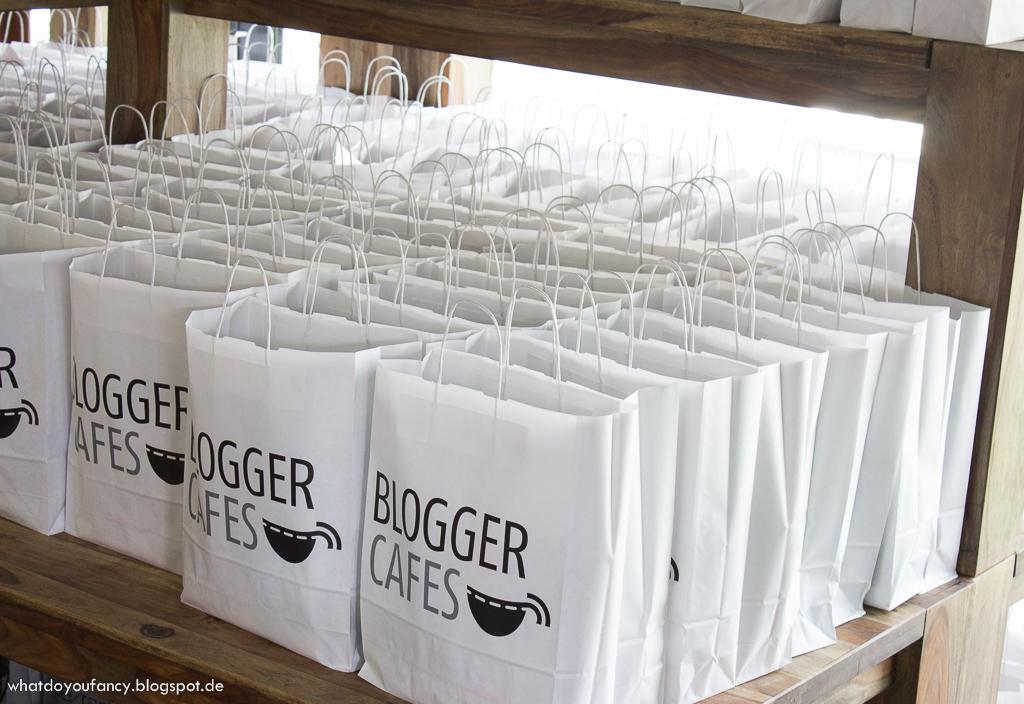 FashionBloggerCafé