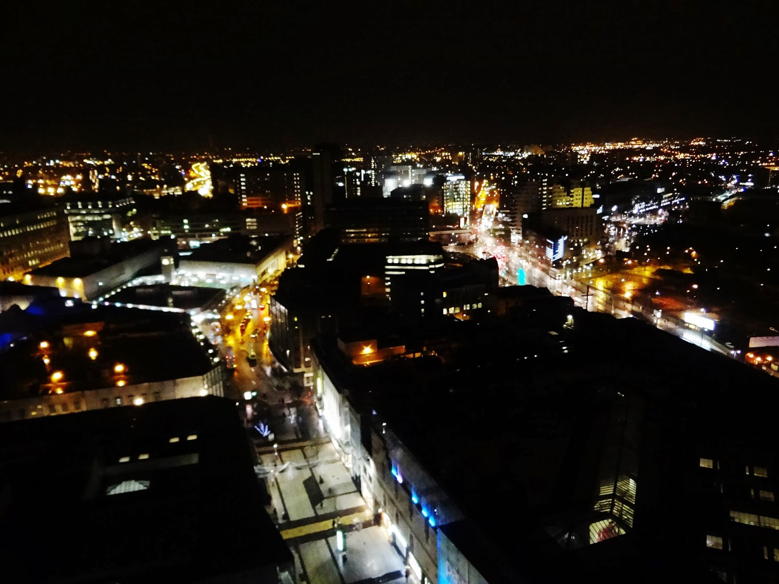 birmingham city centre at night