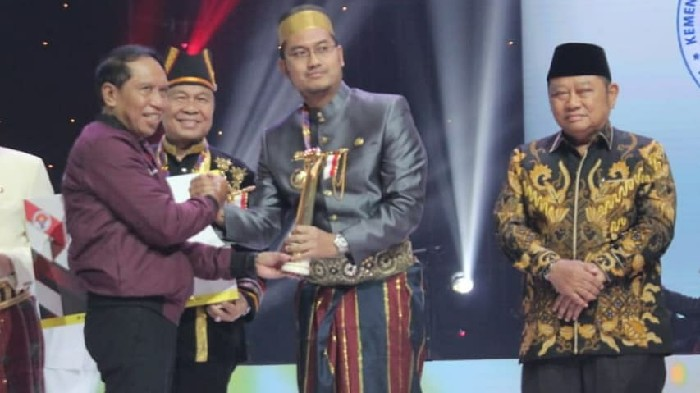 Selamat! Sinjai Raih Penghargaan Layak Pemuda Kategori Utama