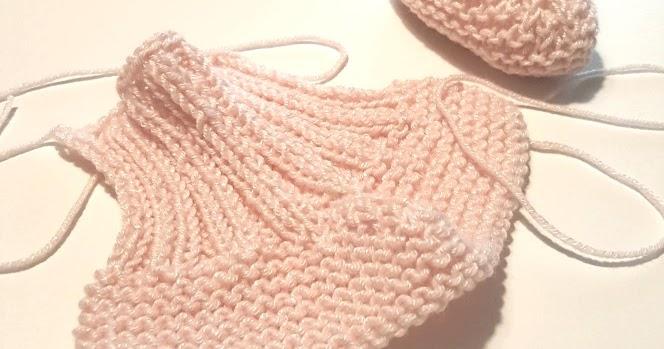 Calzine per neonato ai ferri
