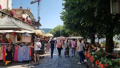 mercato sull'isola