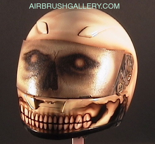 casco aterrador