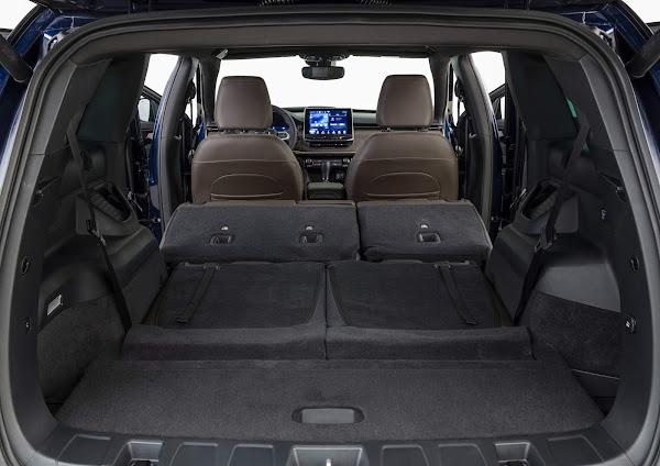 Jeep Commander chega ao mercado: preço parte de R$ 199.990