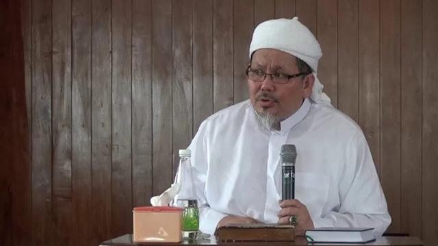 Ustadz Tengku: Wanita tak Tamat SMA Beraninya Membandingkan Pancasila dengan Al Quran