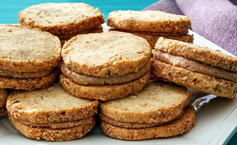 Almond-Shortbread Sandwich Cookies