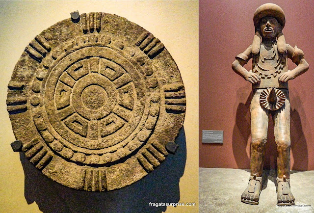 Peças astecas no Museu Nacional de Antropologia do México