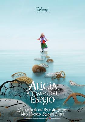 Póster en español de 'Alicia a través del espejo'